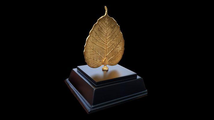 Lá bồ đề mạ vàng - quà tặng bình an, may mắn